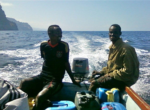 pirates somali pirate piracy boat