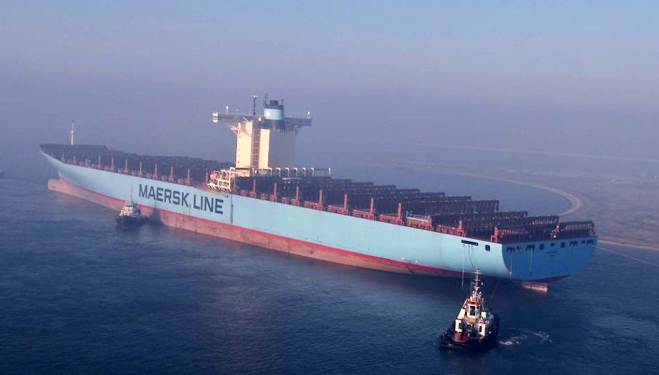 Emma Maersk container ship egypt