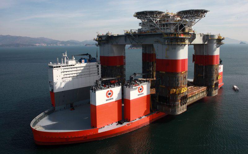 megamachines dockwise vanguard world 39 s largest heavy lift ship gcaptain. Black Bedroom Furniture Sets. Home Design Ideas