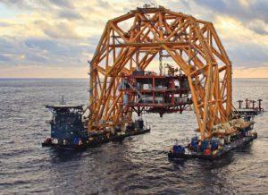 Versabar offshore Heavy Lift Barge VB 10,000