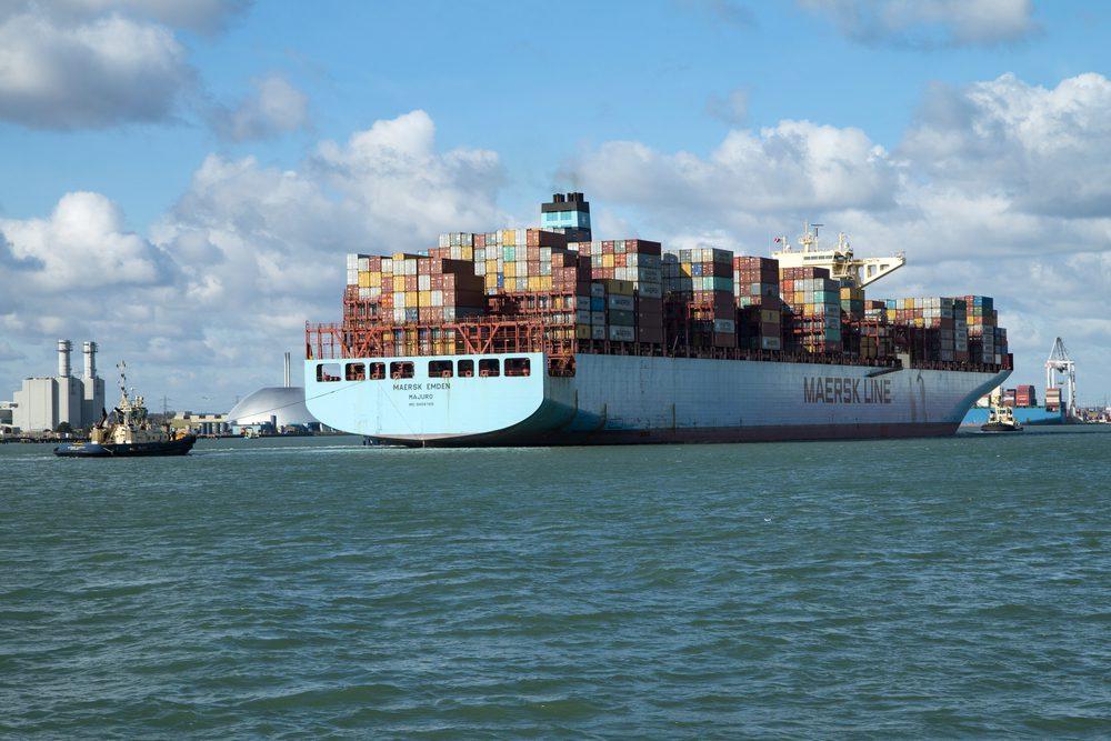 maersk ship arrival southampton