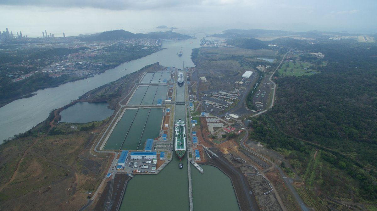 lng carriers in Panama Canal