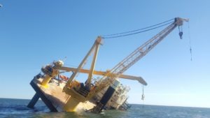 lift boat capsizes gulf of mexico