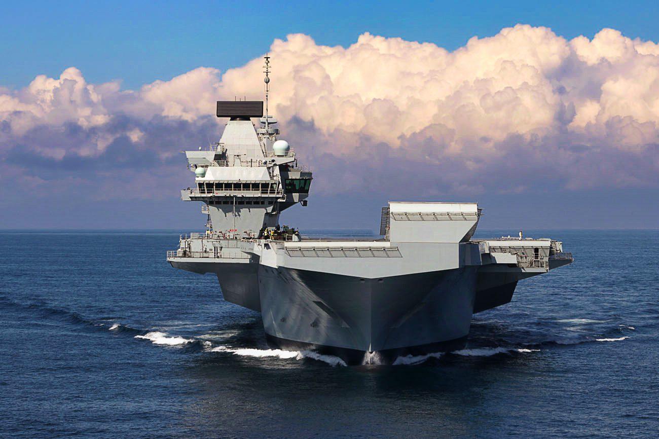 HMS-Queen-Elizabeth_Maiden_Voyage