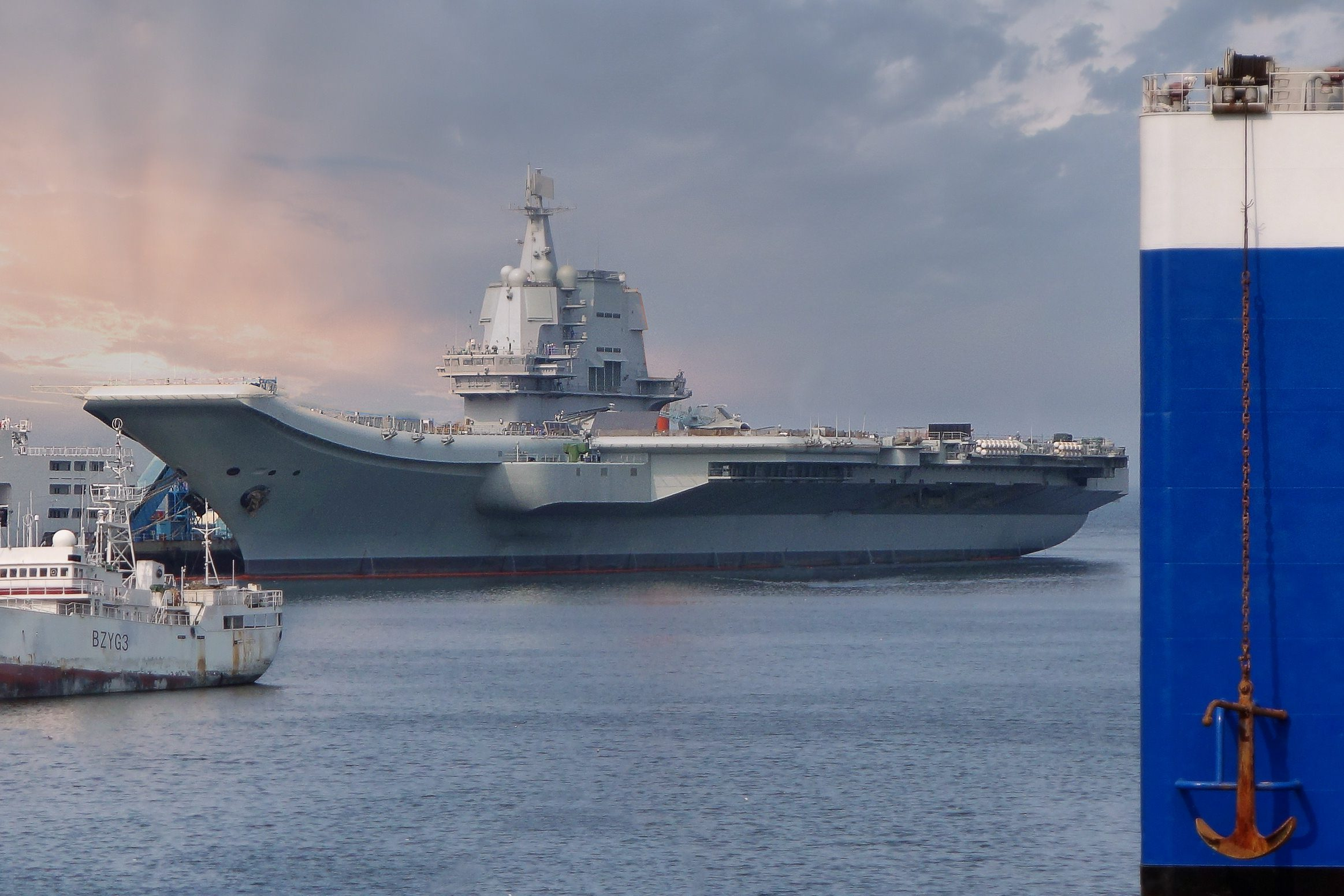 China-Shandong_aircraft_carrier_of_People's_Liberation_Army_Navy